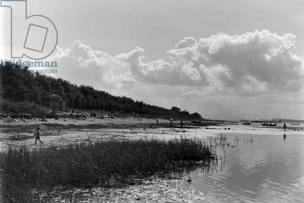 At the sea near Laboe, Germany 1930s (b/w photo)