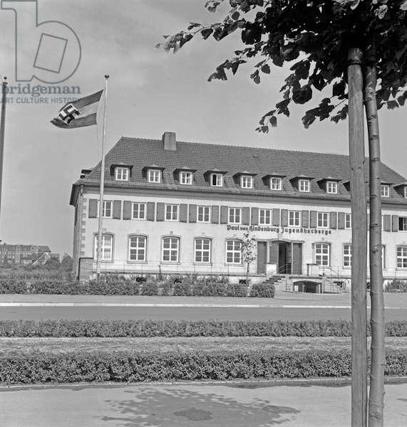The Paul von Hindenburg youth hostel at Hanover, Germany 1930s (b/w photo)