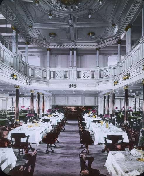 The maiden voyage of the Titanic 1912 - Titanic disaster - The luxury dining hall of the Titanic - Carl Simon, hand coloured glass slide