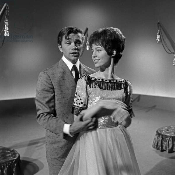 "American singer Gus Backus and singer Susie Ball at German TV music show ""Musik aus Studio B"", Germany 1960s"