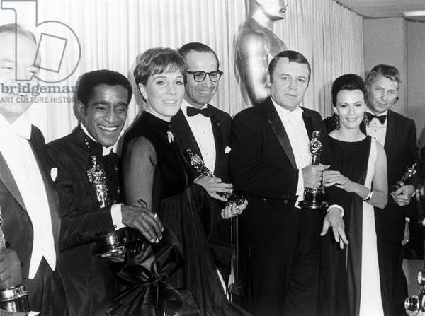 BOB HOPE, SAMMY DAVIS JR, JULIE CHRISTIE, ROD STEIGER, CLAIRE BLOOM, 40th Annual Academy Awards Ceremony, (Oscarverleihung), 1968