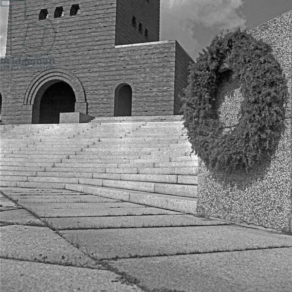 Inner courtyard at the Tannenberg monument near Hohenstein in East Prussia, Germany 1930s (b/w photo)