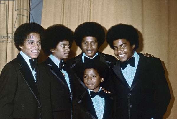 Le groupe de Soul americain THE JACKSON FIVE fonde en 1965 : Jackie, Michael, Jermaine, Marlon, Tito Jackson . Photographie vers 1973.