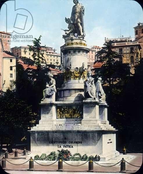 Monument a Christophe Colomb, Genes - Italy, Genoa, Monument to Christopher Columbus, Acquaverde square, image date: circa 1910. Carl Simon Archive