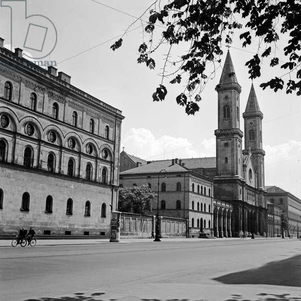 Roman Catholic St Ludwig's church at Munich, Germany 1930s (b/w photo)