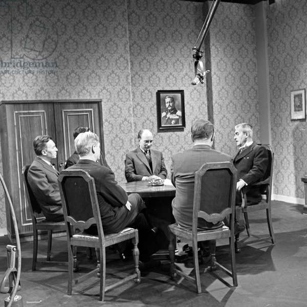 """Scene of the subject """"history"""" as a part of German eductaional TV of NDR station at Hamburg, Germany 1960s"""