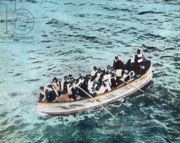 The maiden voyage of the Titanic 1912, Titanic disaster - one of the Titanic lifeboats with shipwrecked people - Carl Simon - hand coloured glass slide