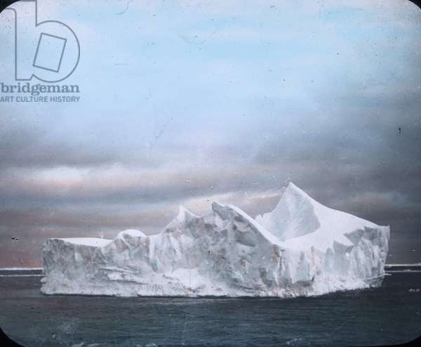 The maiden voyage of the Titanic 1912, Titanic disaster, Iceberg, North Atlantic, history, historical, Carl Simon, hand coloured glass slide