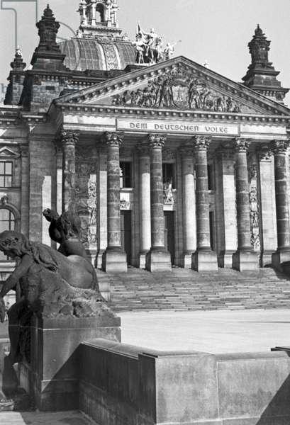 At German capital Berlin, Germany 1930s (b/w photo)