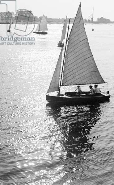 Sailing on a lake, Germany 1930s (b/w photo)