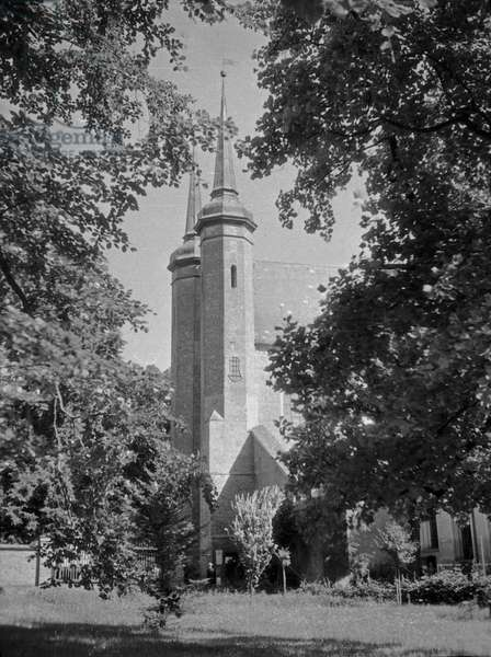 Gdansk Oliva, view to Bishop's church, 1930s (b/w photo)
