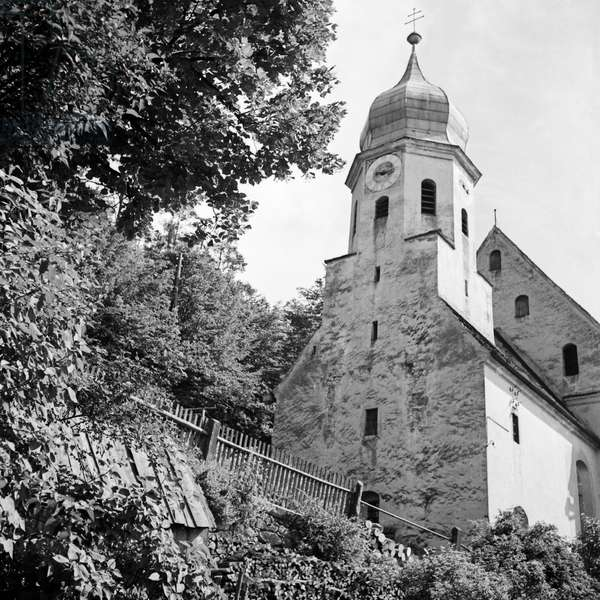 Roman Catholic church St Mary's Assumption at Kipfenberg, Germany 1930s (b/w photo)