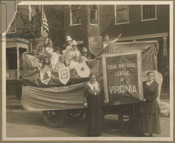 Equal Suffrage League of Virginia (b/w photo)