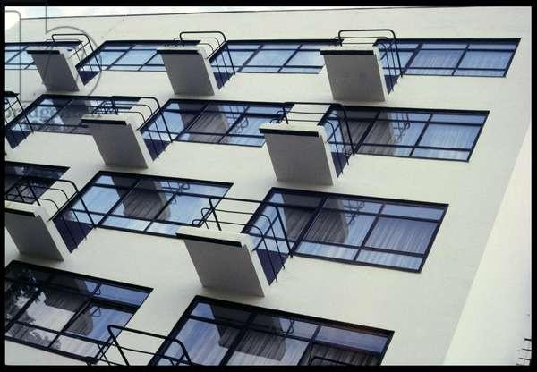 Staatliches Bauhaus, 1995, built 1925-26 (photo)