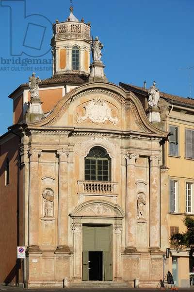 Facade of the Church of Christ, Reggio Emilia, Emilia-Romagna, Italy (photo)