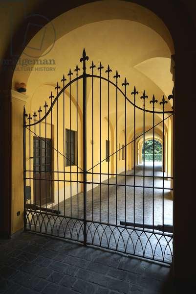19th century gate, Reggio Emilia, Emilia-Romagna, Italy (photo)