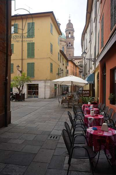 Piazza Casotti, Reggio Emilia, Emilia-Romagna, Italy (photo)