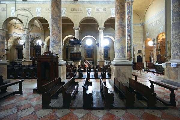 Interior of San Prospero, Reggio Emilia, Emilia-Romagna, Italy (photo)