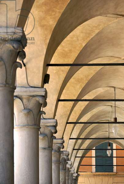 Porticoes along the Via Emilia, Reggio Emilia, Emilia-Romagna, Italy (photo)