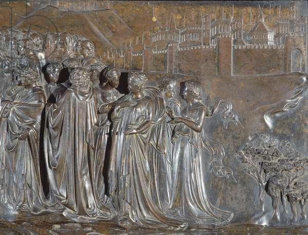 Detail of the Crowd, Shrine of St. Zenobius, 1432-35 (bronze)