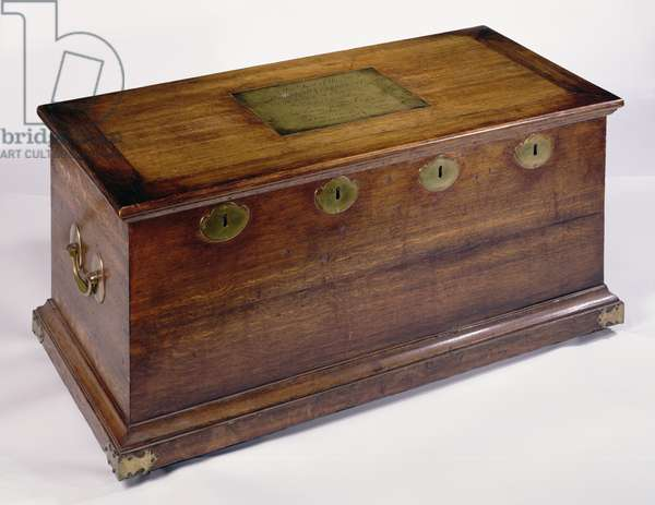 Chest with four locks, used to hold the company's written records from August 2nd, 1766 (wood)