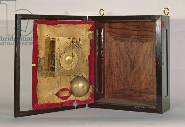 Dutch striking table clock, 1660