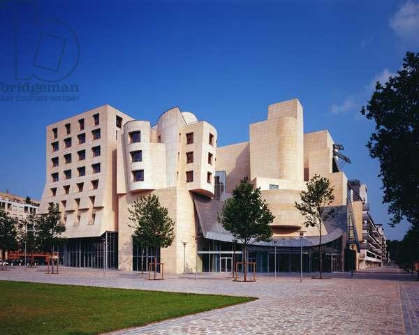 American Center, 1990-94 (photo)