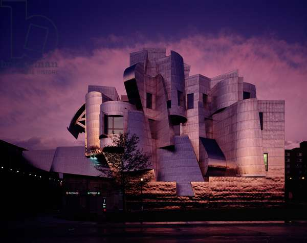 The Frederick R. Weisman Art Museum, University of Minnesota, completed 1993 (photo)