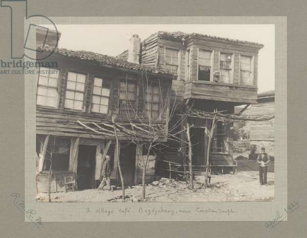 Village cafe, Bagdjekeuy, near Constantinople (Istanbul), Turkey, April 1924 (b/w photo)