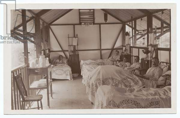 Open Air Ward and beds at the V.H.D. Hospital, Henley in Arden, 1914-18 (b/w photo)