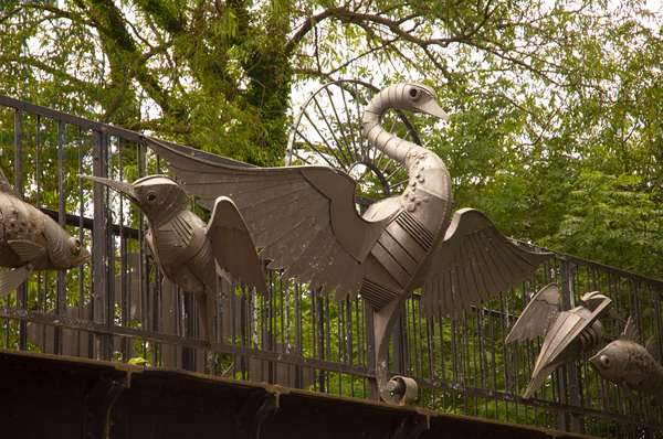 View of Wings over Water by Walenty Pytel, Hawkesbury Junction, Coventry Canal, Warwickshire, 2011 (photo)