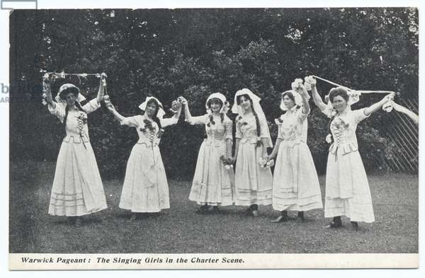 Warwick Pageant, The Singing Girls in the Charter Scene, 1906 (b/w photo)