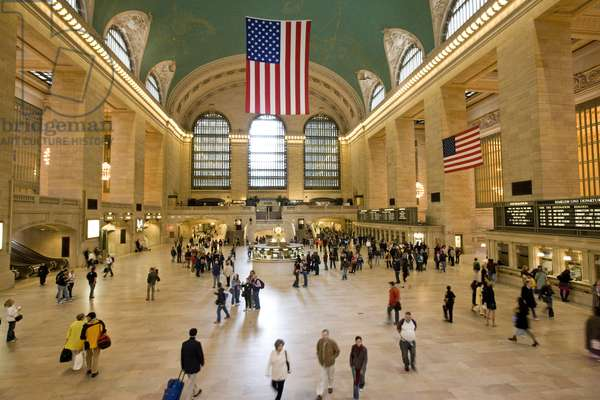 Interior of Grand Central Station, New York (photo)