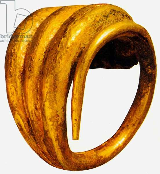 Hair-ring with three lobes, Priam's Treasure (gold)