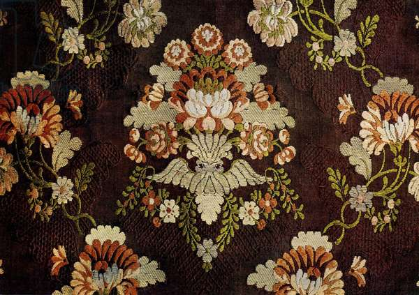 Floral Design (silk with gold thread)