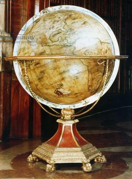 Terrestrial globe, 1688 (papier mache with wooden stand) (pair to 90827)