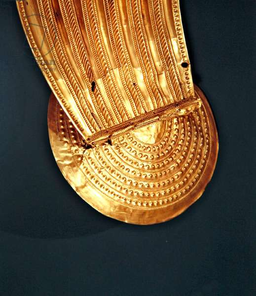 Collar, Ardcrony, County Tipperary, Late Bronze Age, 800-700 BC (gold) (detail) (see also 390400)