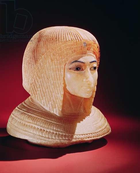 Head of a woman, believed to be Princess Kiya, New Kingdom (alabaster)