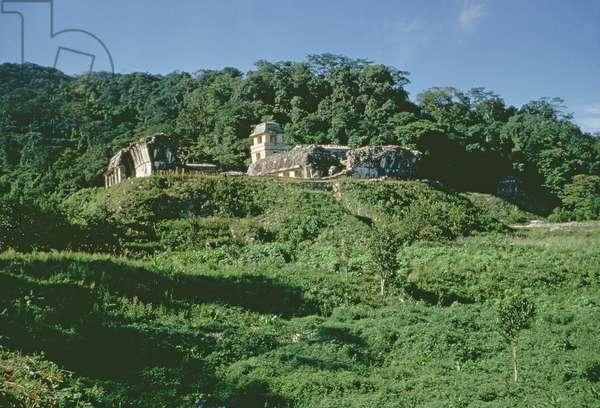 Palace and Observatory on mound, Maya, Late Classic Period (photo)
