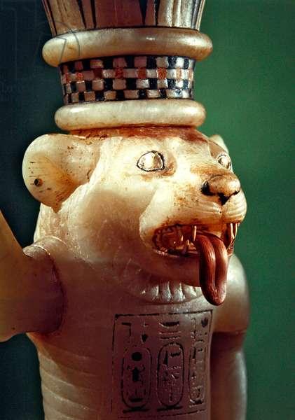 Leomorphic unguent vase, from the Tomb of Tutankhamun, New Kingdom (alabaster) (detail of 391031)