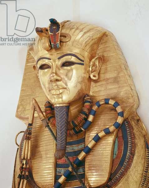 Innermost coffin of the King, Tomb of Tutankhamun (c.1370-1352 BC) New Kingdom (gold inlaid with semi-precious stones)