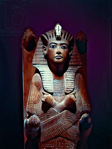 Image of the king on his funerary bed, from the tomb of Tutankhamun (c.1370-52 BC) New Kingdom (wood) (detail of 391033)