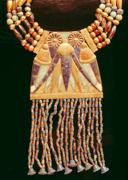 Necklace with lunar pectoral, from the Tomb of Tutankhamun, New Kingdom (electrum, feldspar, lapis lazuli & gold beads) (detail of 391005)