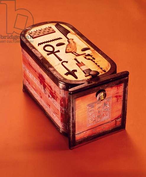 Cartouche-shaped box, from the Tomb of Tutankhamun, New Kingdom (wood with gilding, ebony veneer & ivory)