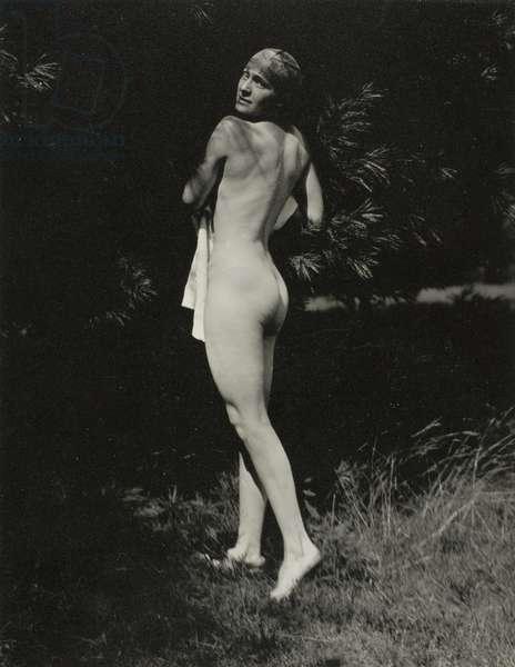 Rebecca Salsbury Strand, 1922 (gelatin silver print)