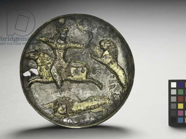 Dish: King Hormizd II or Hormizd III Hunting Lions, 400-600 (silver gilt)