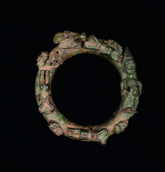 Ring depicting ritual sacrifice, 16th–18th century (cast copper alloy)