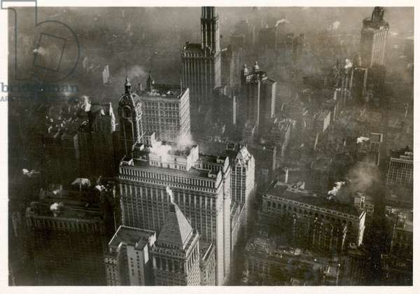 Aerial photo of downtown Manhattan, taken from the LZ 127 Graf Zeppelin, New York 1928 (b/w photo)