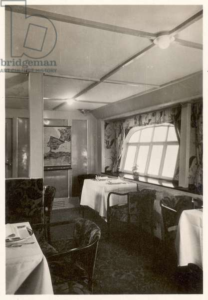 Picture No. 95: View of the saloon of the LZ 127 Graf Zeppelin , from 'Zeppelin-Weltfahrten...', 1933 (silver bromide print)