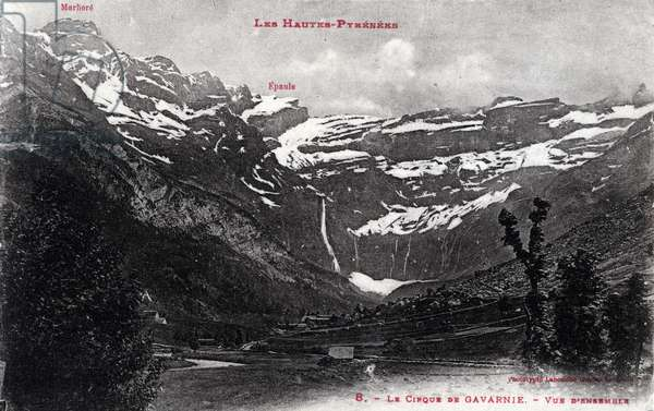 Overview of the circus of Gavarnie, Hautes Pyrenees - 1910s, postcard. France, 20th century.